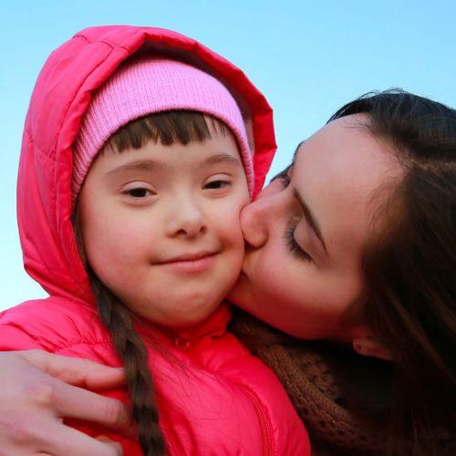Na czym polega wspomaganie rozwoju dzieci z zespołem Downa?