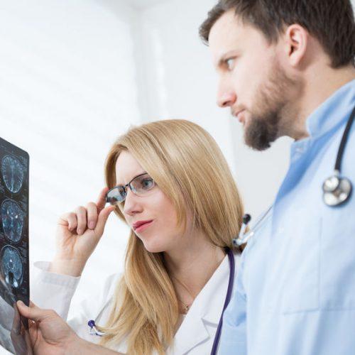 Objawy udaru niedokrwiennego mózgu