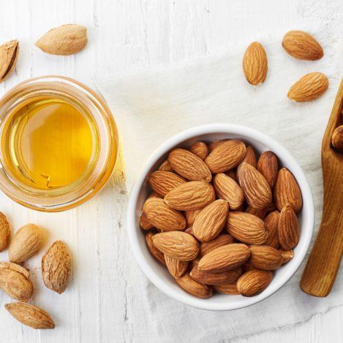 Olej ze słodkich migdałów – Poznaj jego właściwości i zastosowanie