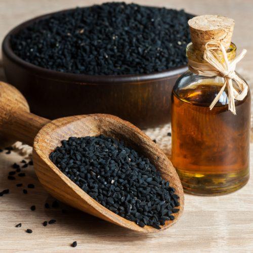 Olej z czarnuszki na alergię, walka z alergią nie musi być ciężka