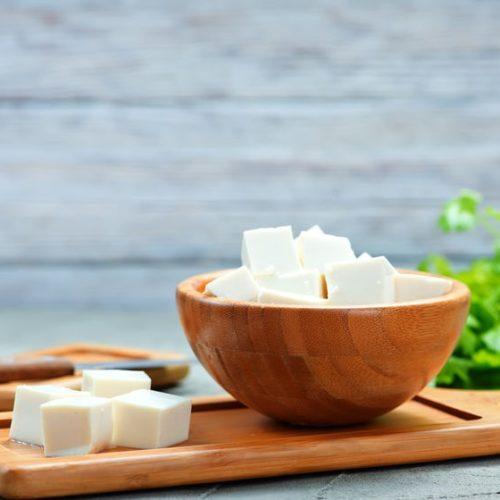 Tofu – co to jest, jak zrobić i jakie ma właściwości?